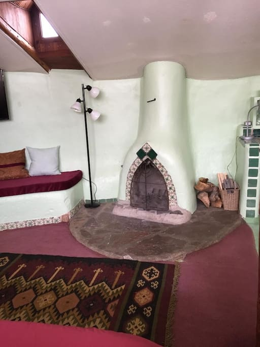 Hobbit House Earthship